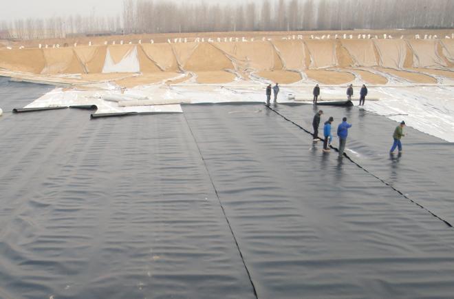 复合土工膜在焊接时有哪些基本的要求